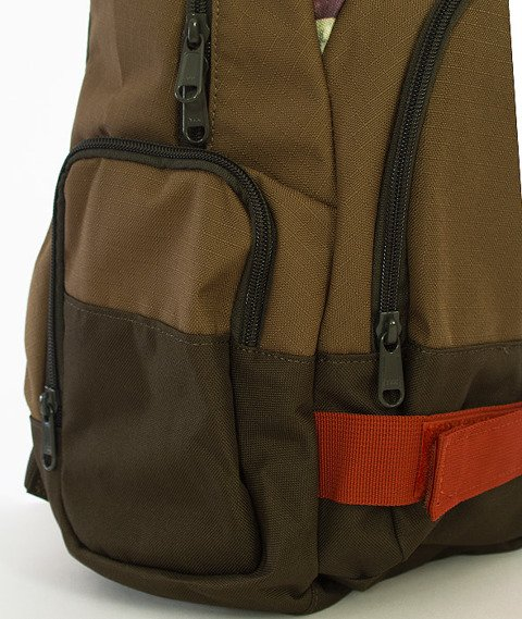 Dakine-Atlas 25L Backpack Thunderegg