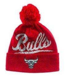 Mitchell & Ness-Chicago Bulls Greyton Script Pom Beanie KV97Z Czapka Zimowa Czerwona