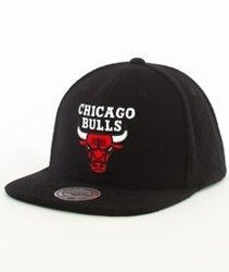 Mitchell & Ness-Chicago Bulls Snapback Czapka VV32Z Czarna