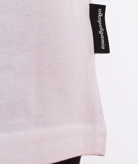 Alkopoligamia-Tapes Panasonic T-Shirt Biały