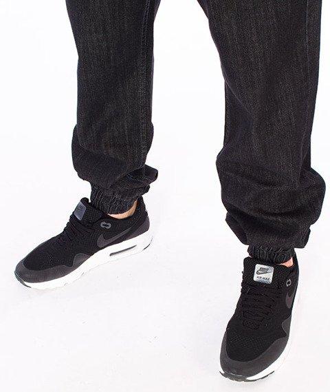 Mass-Signature Denim Sneakers Fit Jogger Czarne