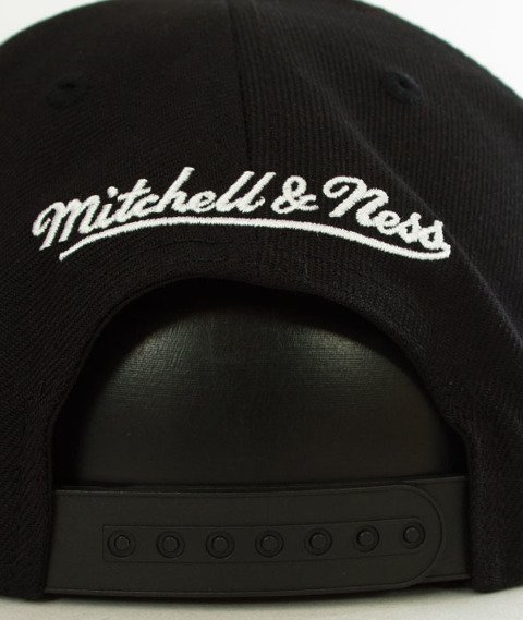 Mitchell & Ness-Brooklyn Nets Raised Perimeter SB  Snapback BH72P3