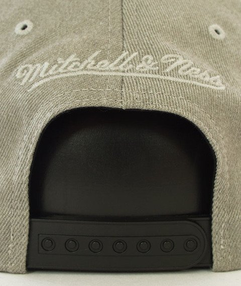 Mitchell & Ness-Chicago Bulls Snapback Czapka Szara