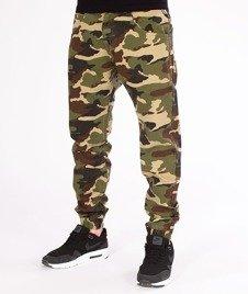 Mass-Jogger Base Sneaker Fit Spodnie Woodland Camo