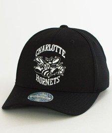 Mitchell & Ness-Black & White 110 SB Charlotte Hornets Snapback EU1033